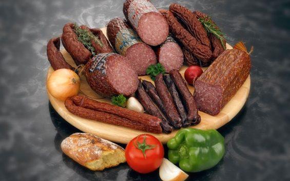 biobauernmarkt-hainz-wuerste1